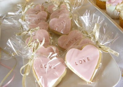 love personalised wedding favour cookies