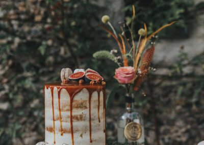 caramel cake autumn fall wedding cake