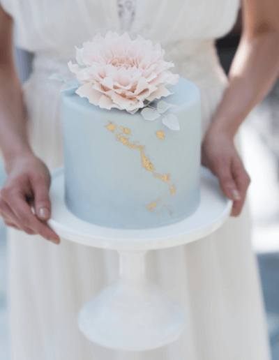 Blush Dhalia single tier cake