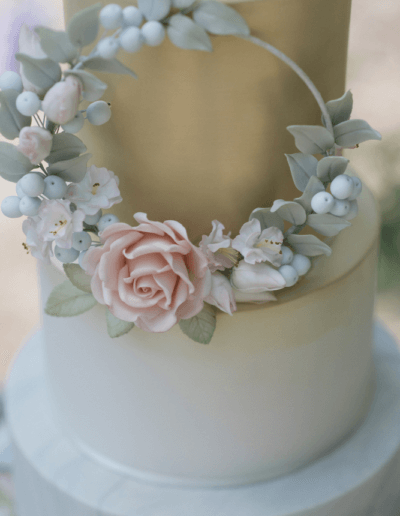 floral hoop wedding cake blush gold