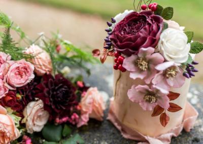 burgundy-blush-rose-hellebore-cake