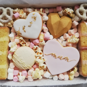 Mothers_day_treat_box