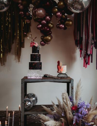 Disco_wedding_cake